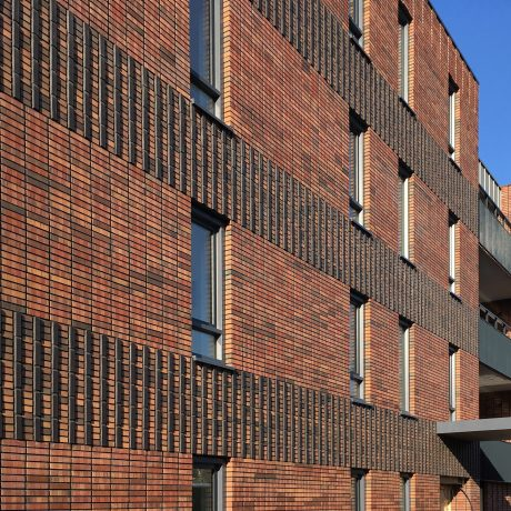 Fuss-serie Preston Gesinterd Fuss SP WF | New Construction Apartment Complex Frisiastate | Kerkhoflaan, Sneek | Architect: Penta Architecten, Harlingen | Contractor: Dijkstra Draisma, Bolsward | Client: Frisia Invest BV, Sneek | Photographer: Marcel Willems, Den Bosch | Completion Date: 2017-01-01
