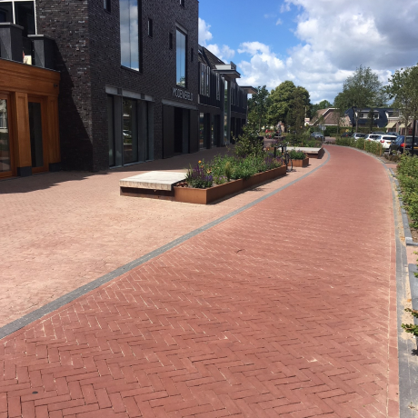 Renovation | Dorpsstraat, de Wijk | Pavers: Ravenna DF (roadway), Paviona DF (cycle paths) and the Bruno DF (footpaths)